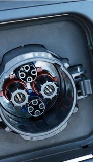 EV車電源プラグ